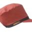 الأحمر، دريادلوكس، القبعة