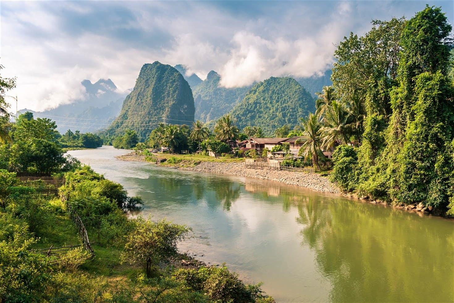 Лаос Ванг-Вьенг