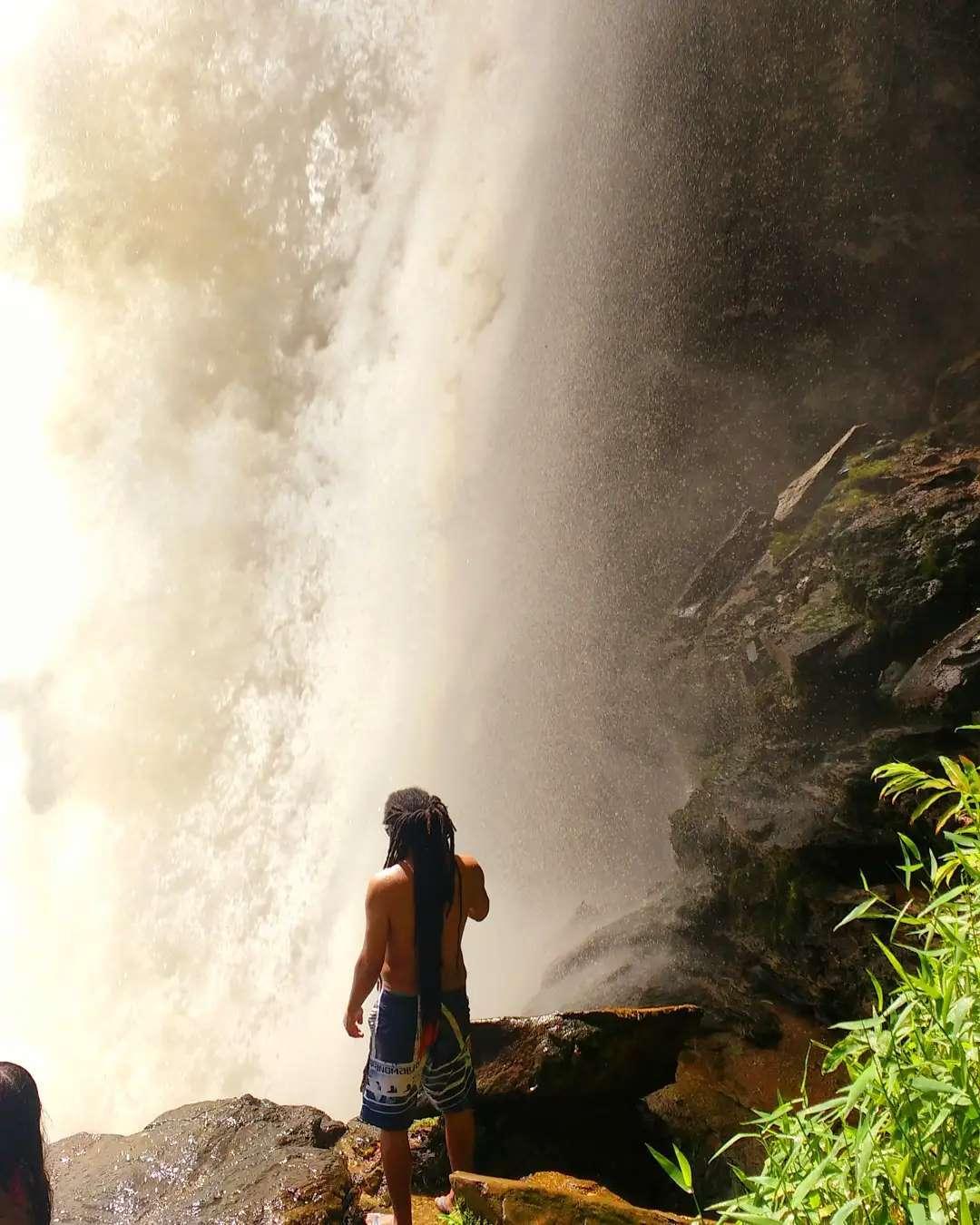 . . . . . . . . Tbt # lembranças #matilda #cachoeiradematilde #alfredochaves # ca ...