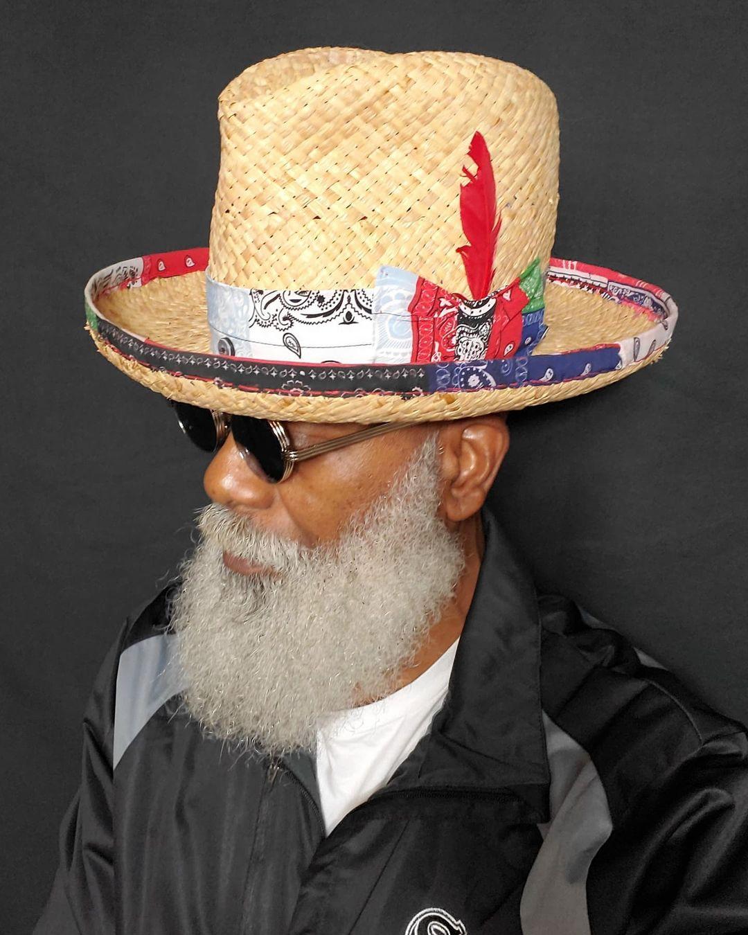"Den sorte hatter. Rockere Fedora Fedora. ""THE DAD MAN"" STRAW med en Banda ..."
